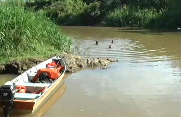 Local onde o garoto se afogou. Imagem: reprodução TV Libertas