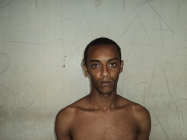 Fernando de Jesus foi preso acusado de roubar lojas no centro da cidade. Foto: Blog do Airton Chips