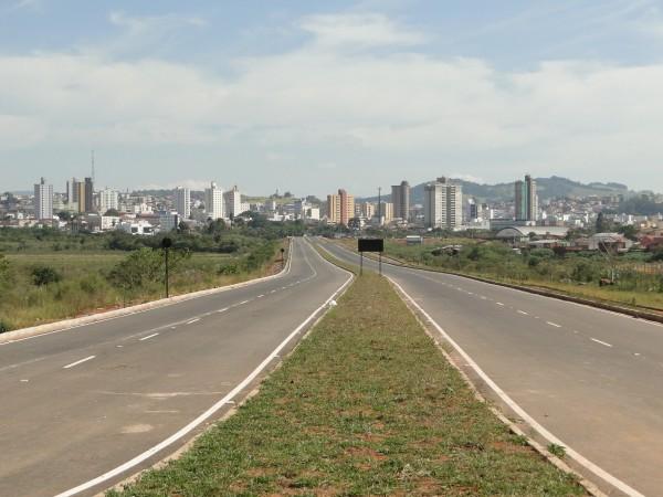 Avenida que passa por cima do Dique 2 será chamada Avenida Vereador Hebert de Campos