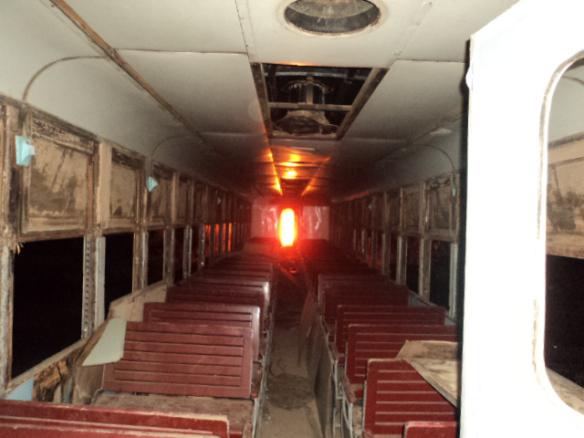 Interior de um dos vagões da Maria fumaça no momento do incêndio. Foto: Airton Chips