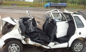 Vítimas estavam em carro da Prefeitura de Carmo de Minas (Foto: Polícia Rodoviária Federal/ Pouso Alegre)