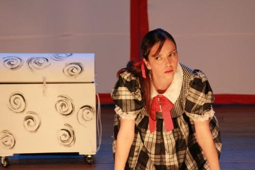 Espetáculo 'A Menina que Entra em Livros' (Foto: Marcelo Carrusca)