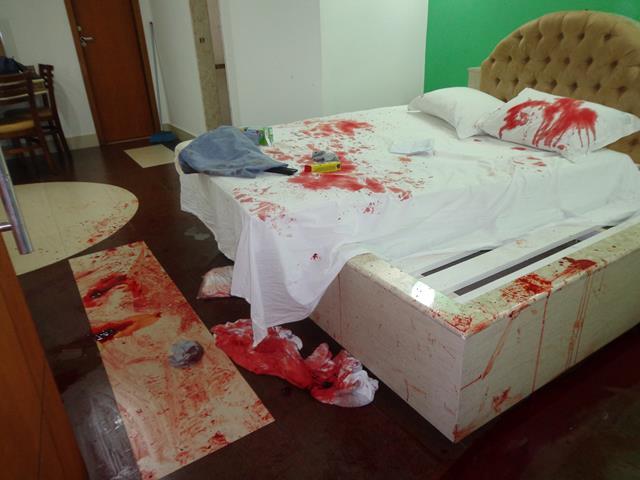 Quarto do motel ficou ensanguentado. Foto: Reprodução Minas Acontece