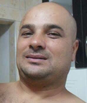 Alexandre Dias de Oliveira foi assassinado enquanto abastecia em um posto de gasolina
