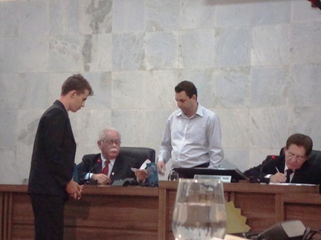 Dois membros da comissão foram escolhidos por meio de sorteio. Foto: Daniela Ayres