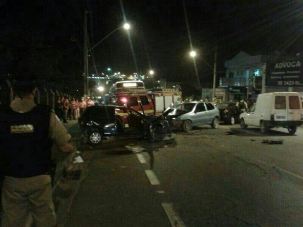 Acidente ao lado da Unilever deixou feridos e fez uma vítima fatal. Imagem: Reprodução Facebook Fernando Lima