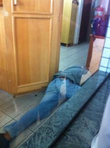 Ladrão morreu após troca de tiros em joalheria. Foto: Reprodução Vale independente