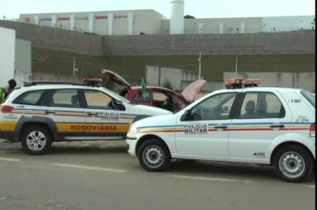Homem foi preso na entrada da BR-459 em Pouso Alegre. Imagem : Reprodução TV Libertas
