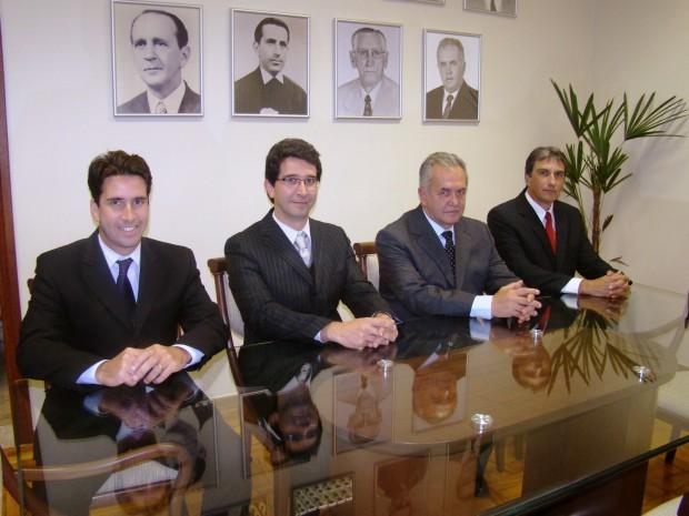 Diretoria da FDSM: Prof. Luiz Otávio de O. Rezende, Prof. Leonardo de O. Rezende,  Prof. Carlos Abel Guersoni Rezende e Prof. <a class='post_tag' href='http://pousoalegre.net/topicos/rafael-simoes/' ><a class='post_tag' href='http://pousoalegre.net/topicos/rafael-simoes-2/' >Rafael Simões</a></a>.