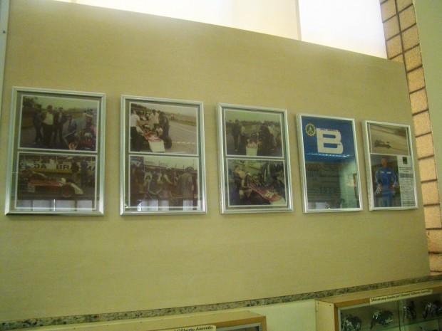 Fotos do ex-piloto estão expostas no Museu