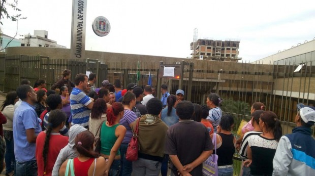 Manifestantes decidiram deixar a Câmara.