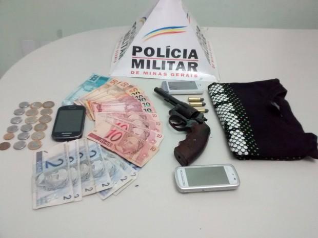 Suspeitos portavam arma. Foto: Divulgação