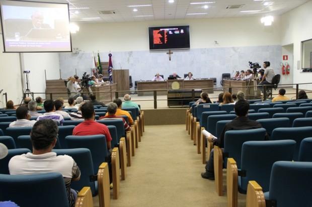 Moradores e vereadores apresentaram problemas e cobraram secretários e concessionarias municipais.