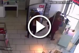 Três mulheres aproveitaram da ausência do vendedor para furtar diversos óculos