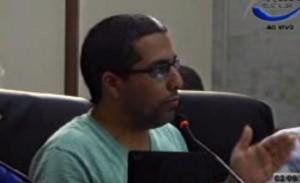 Rafael Huhn cobrou que projeto fosse aprovado em 1ª votação devido a prazos.