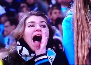 Patrícia Moreira foi flagrada chamando o goleiro Aranha de macaco (Foto: Reprodução/ESPN)