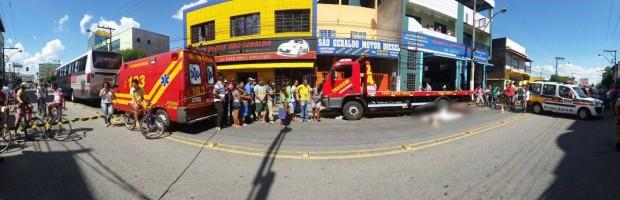 Ciclista morreu atropelado na Av. Vereador Antônio da Costa Rios. Imagem: Reprodução Facebook / Fernando Lima