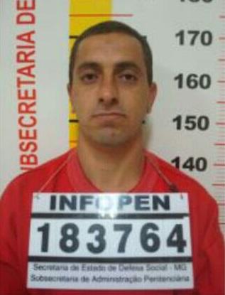 """A vítima, Flávio Henrique de Souza, 37 anos, era conhecido como """"Goió""""."""