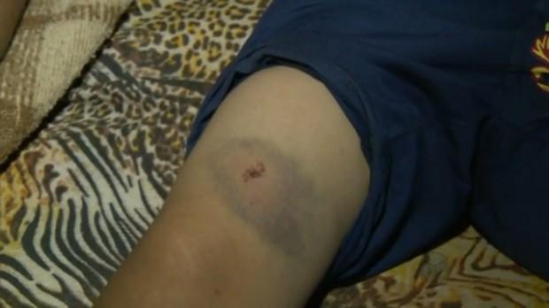 Criança foi atingida por tiro dentro de casa em Pouso Alegre (Foto: Reprodução EPTV)