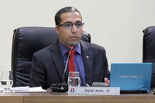 Rafael Huhn pretende aumentar a participação popular na Câmara