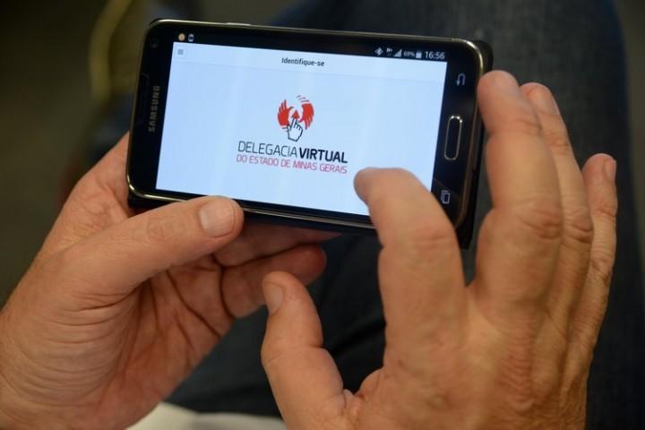 O cidadão pode contar com a facilidade do registro de ocorrências de trânsito sem vítimas. Imagem: Agência Minas
