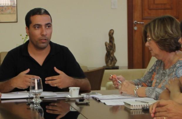 Rafael Huhn nomeou a vereadora Lilian Siqueira para a presidência da comissão de Administração