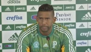 Aranha deu sua primeira entrevista coletiva no Palmeiras