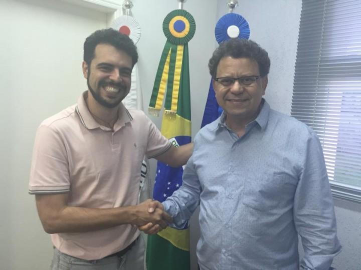 O secretário, Dr. Luis Augusto, recebeu indicação do prefeito Agnaldo Perugini. Foto: reprodução Facebook.