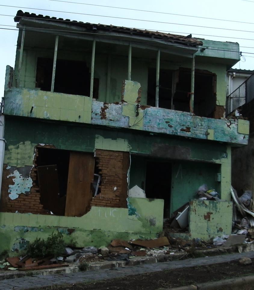 Casa esta abandonada. Foto: Reprodução Facebook / José Henrique