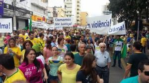 Cerca de 6 mil pessoas participaram das manifestações em Pouso Alegre.