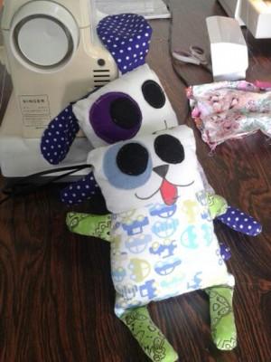 Projeto vai doar 220 bonecos de pano para crianças em tratamento. Foto: Divulgação