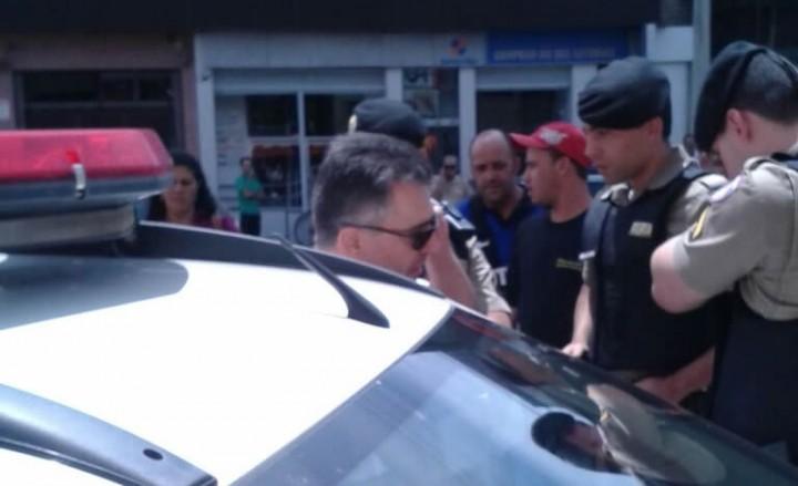 A soldado, o promotor e testemunhas foram encaminhados para a Delegacia de Polícia de Pouso Alegre, Foto: Whatsapp