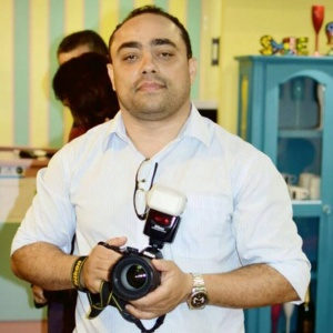 O fotógrafo pouso-alegrense William Barbosa, 35, teve suas imagens publicadas na edição da Folha de S. Paulo de 26 de ...