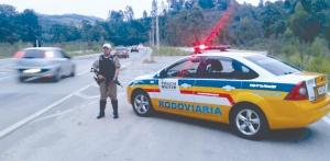 Durante quatro dias, foram realizadas fiscalizações em pontos estratégicos das estradas estaduais e federais na região de Pouso Alegre.
