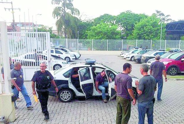 Ao menos 28 suspeitos foram detidos pela Polícia Civil. Imagem: Reprodução TV Rio Sul