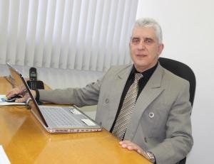 """Professor José Cláudio: """" O curso de Ciências Contábeis será bem conceituado como os cursos já ministrados pela Instituição."""""""