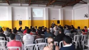 Foto da edição de 2013 do FLISOL em Pouso Alegre
