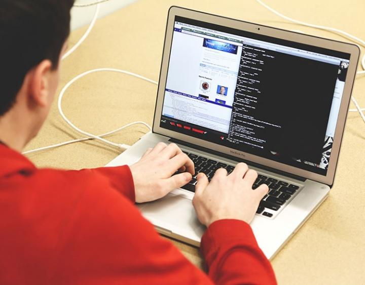 Ranking coloca profissão como a 3º que melhor paga profissionais sem diploma. Área tem projeção de crescimento de mais de 20%