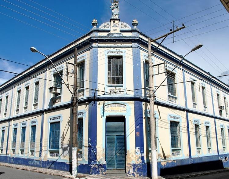Escola Estadual Dr. José Marques de Oliveira.