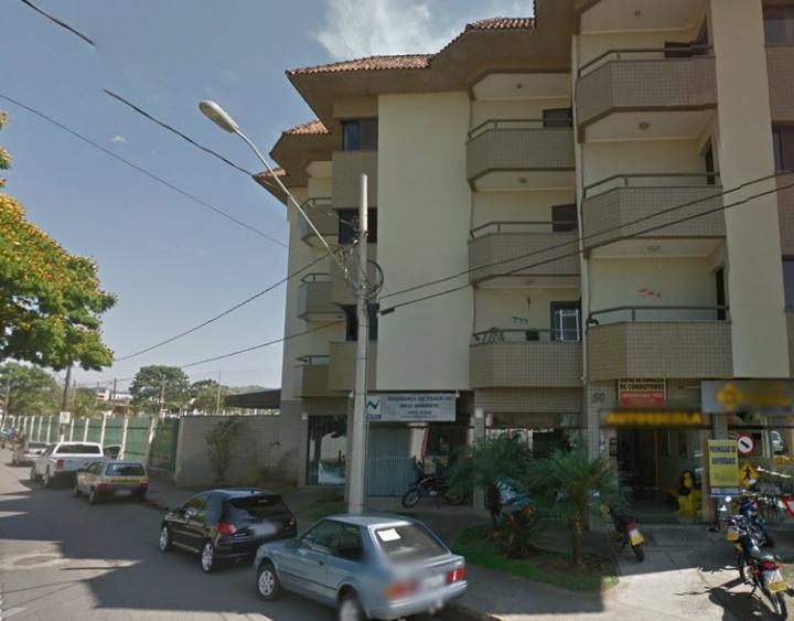 Pelo menos 6 apartamentos foram roubados nas últimas semanas. Ladrões não deixam nenhum rastro de arrombamento. Existe a suspeita de que as chaves tenham sido conseguidas em imobiliárias.