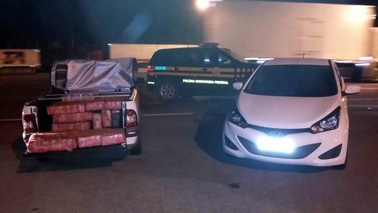 Mais de 400 kg de maconha são apreendidos em pedágio na Fernão Dias. Foto: Divulgação PRF