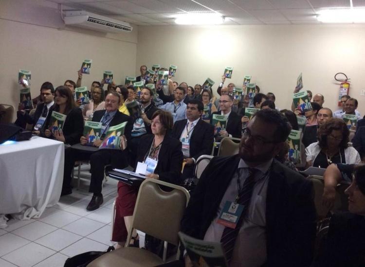 Pouso Alegre dá exemplo de cidadania para o País ao elaborar Constituição adaptada para o público juvenil