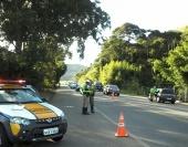 Mais de 3.700 veículos foram fiscalizados nas estradas estaduais na região de Pouso Alegre.