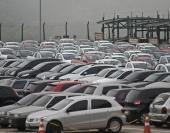 A produção de veículos automotores caiu 25,3% em maio na comparação com o mesmo mês do ano passado, de acordo com a Associação Nacional dos Fabricantes de Veículos Automotores (Anfavea). Em maio de 2015, foram produzidos 210.086 mil unidades, ante 281.355 mil de maio de 2014. Em relação a abril deste ano, quando a produção […]