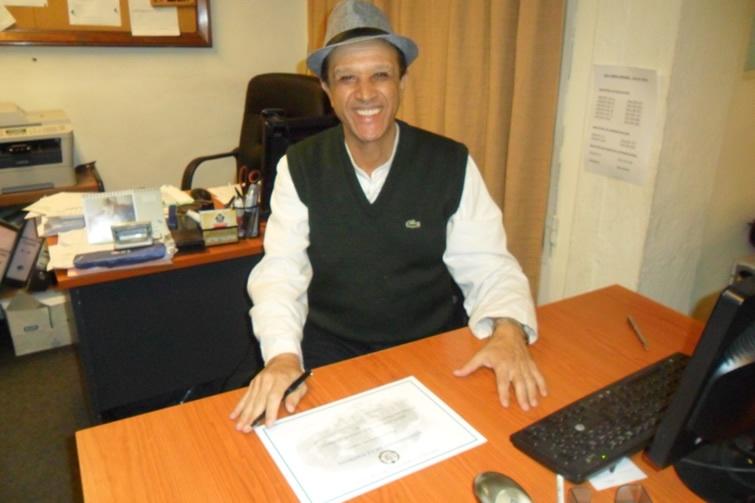 Professor da <a class='post_tag' href='http://pousoalegre.net/topicos/fai/' >FAI</a>, Jaci Alvarenga defendeu dissertação de mestrado em Montevideo