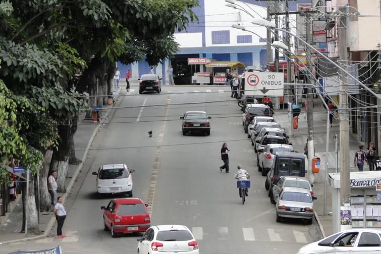Avenida Duque de Caxias: Trânsito melhorou no local após mudança do Ponto Final