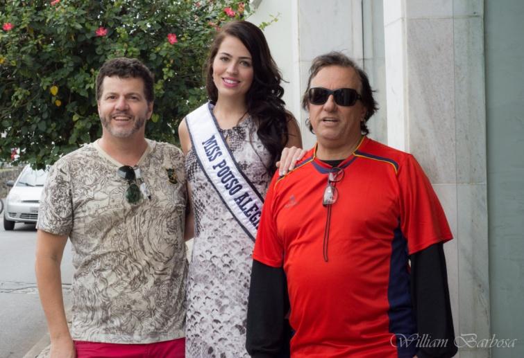 Ator Lucio Marques e Ronaldo Dias com a Miss Pouso Alegre. Foto: William Barbosa