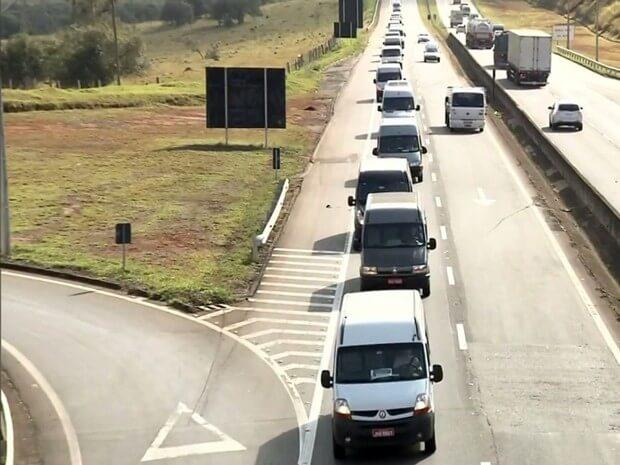 Para motoristas de vans, novas regras da ANTT prejudica categoria em todo o país (Foto: Reprodução/ EPTV)