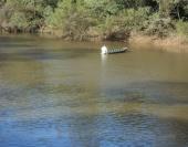 Homem teria se afogado na terça-feira (30) após o barco em que estava com outros pescadores virar.