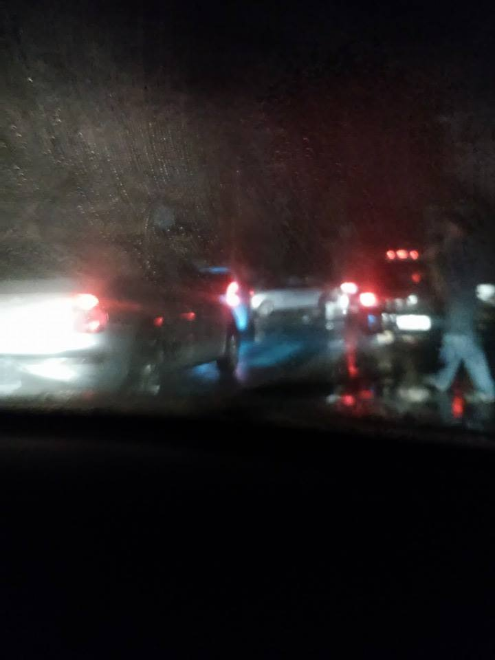 Trânsito ficou parado em diversos pontos. Foto: Roger Leal